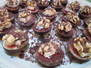 Figs with Walnuts and Roquefort